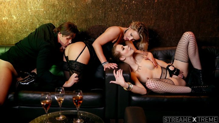 Private.com – VIP Treatment Given by Alexis and.. Alexis Crystal & Samantha Jolie 2015 FFM