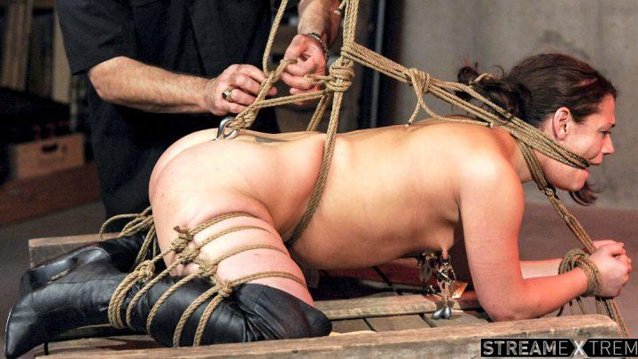StrugglingBabes.com – For Whom the Bell Tolls Ten Amorette 2019 Bondage