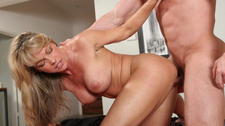 Devilsfilm.com – Big Titty MILFS #11, Scene #02 Shayla LaVeaux 2011 Big Tits