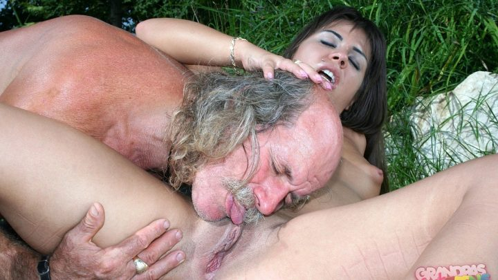 21sextreme.com – The old dirty rascal and the.. Giggy 2010 Old-young