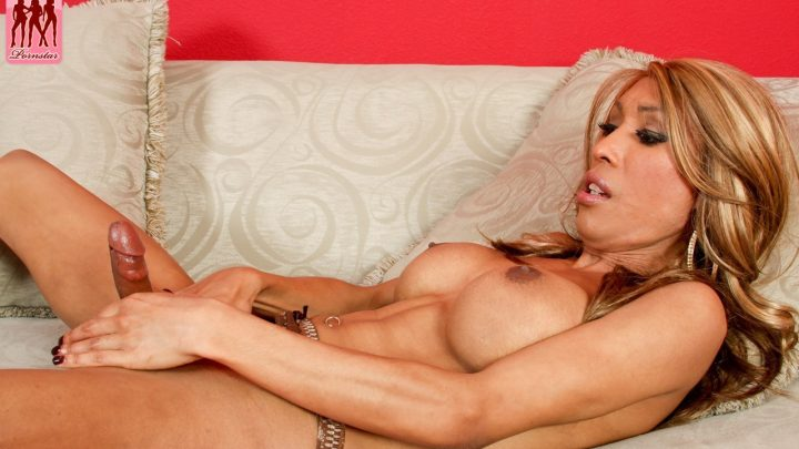 Tgirlpornstar.com – Vegas Hottie Monica Strokes! Monica 2010 Transsexual